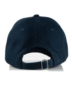 Lightweight and breathable cotton peak cap with Horze logo and flag design